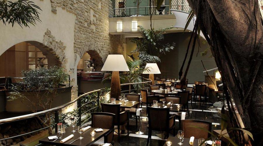 Radisson Blu Royal Hotel, Brussels-40 of 42 photos