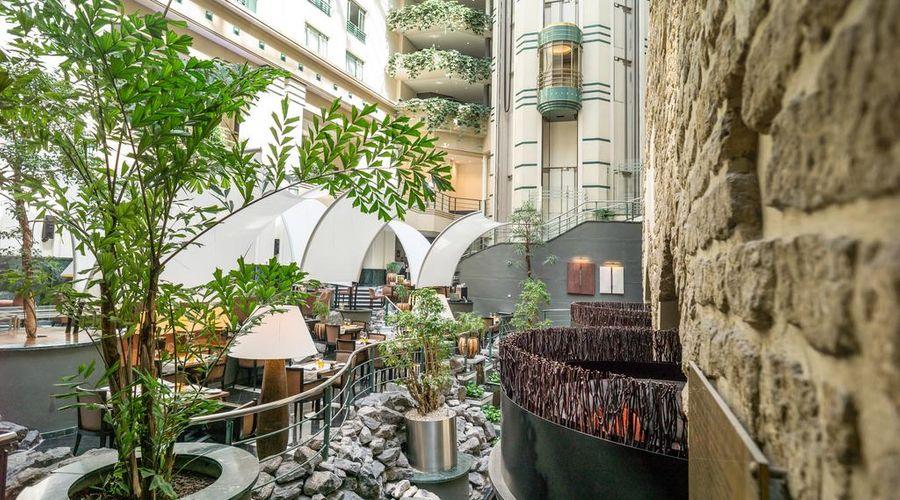 Radisson Blu Royal Hotel, Brussels-5 of 42 photos
