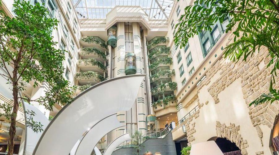 Radisson Blu Royal Hotel, Brussels-6 of 42 photos