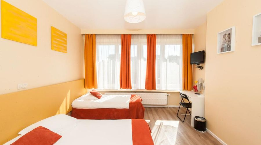 Hotel de France-16 of 48 photos