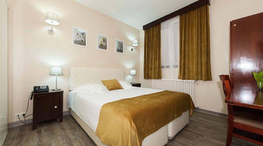 Hotel de France-28 of 48 photos