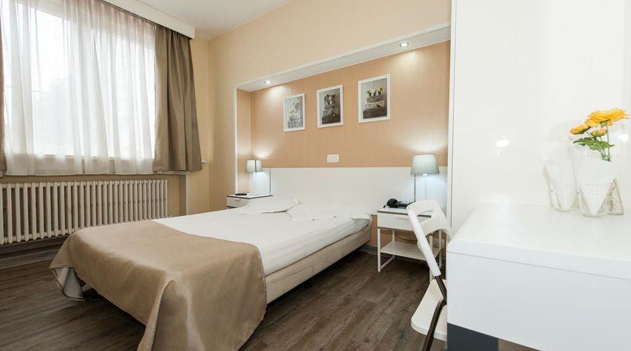 Hotel de France-45 of 48 photos