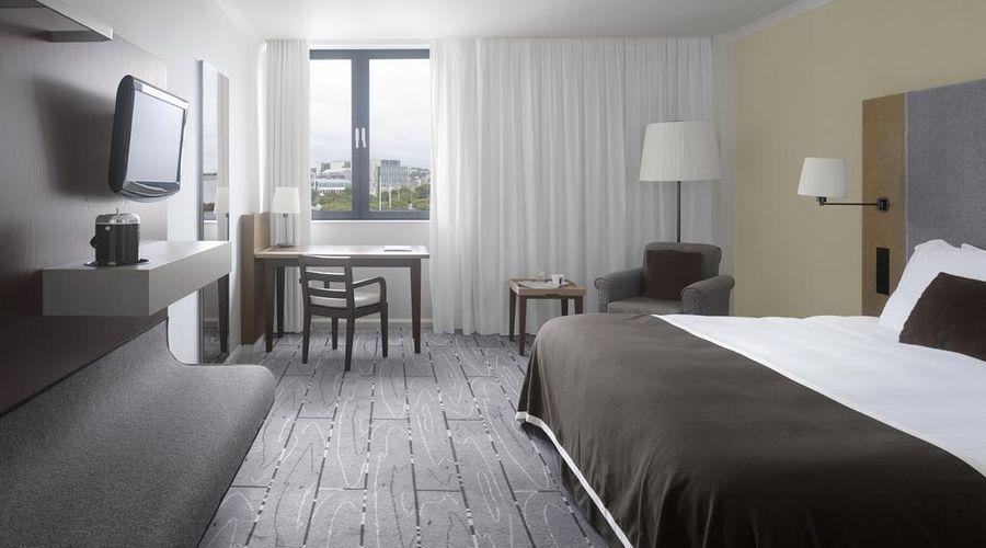 Radisson Blu Waterfront Hotel, Jersey-21 of 44 photos