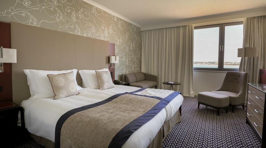 Radisson Blu Waterfront Hotel, Jersey-7 of 44 photos