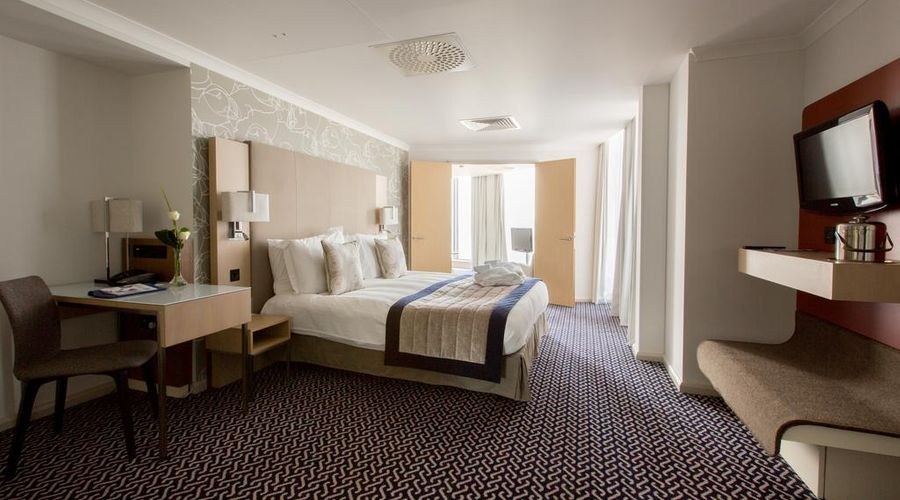 Radisson Blu Waterfront Hotel, Jersey-9 of 44 photos