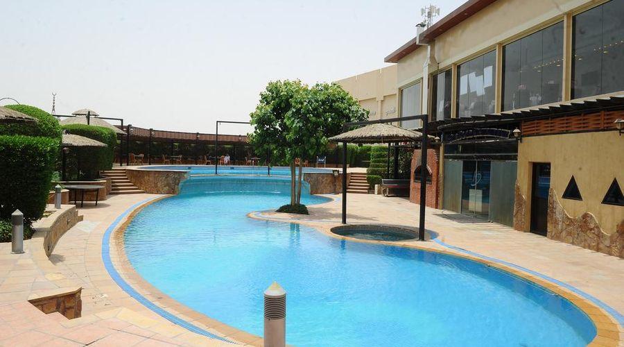 Madareem Crown Hotel-14 of 40 photos