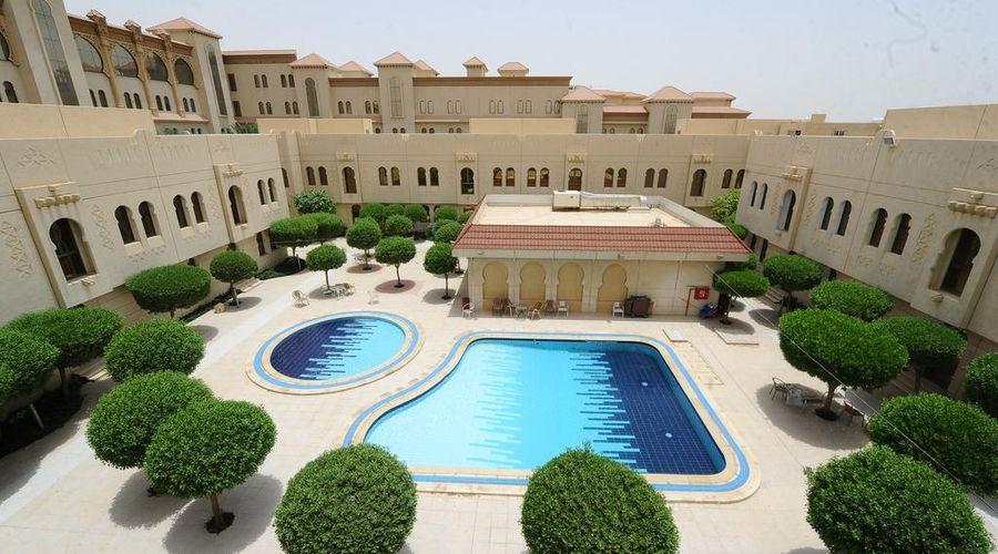 Madareem Crown Hotel-16 of 40 photos