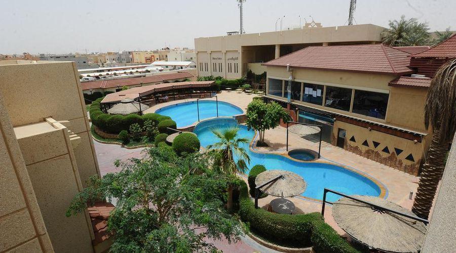 Madareem Crown Hotel-17 of 40 photos