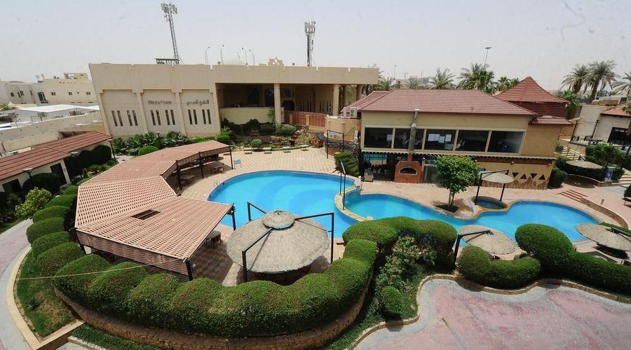 Madareem Crown Hotel-18 of 40 photos