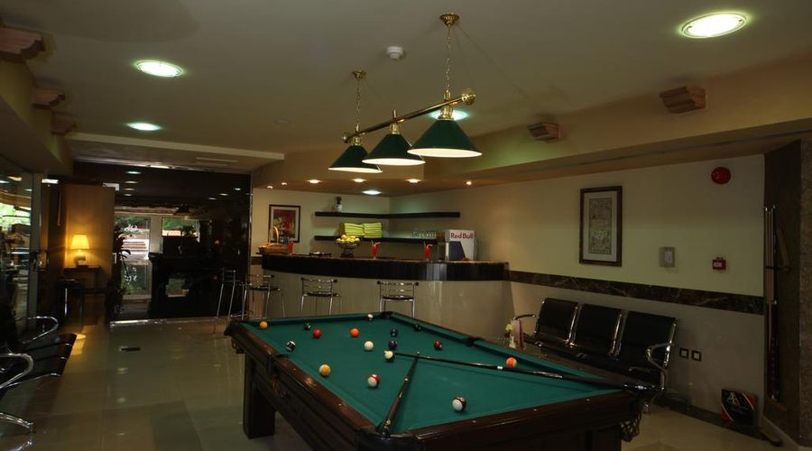 Madareem Crown Hotel-20 of 40 photos