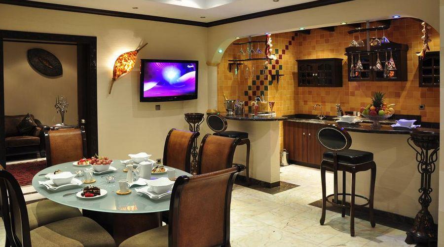 Madareem Crown Hotel-29 of 40 photos