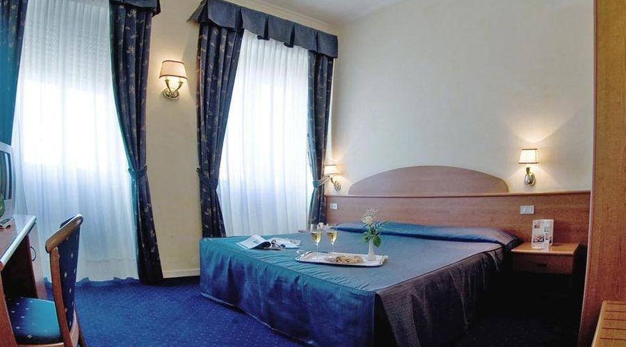 فندق لورا-13 من 24 الصور