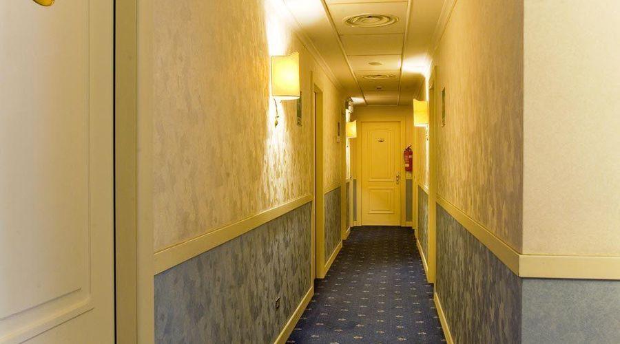 فندق لورا-22 من 24 الصور