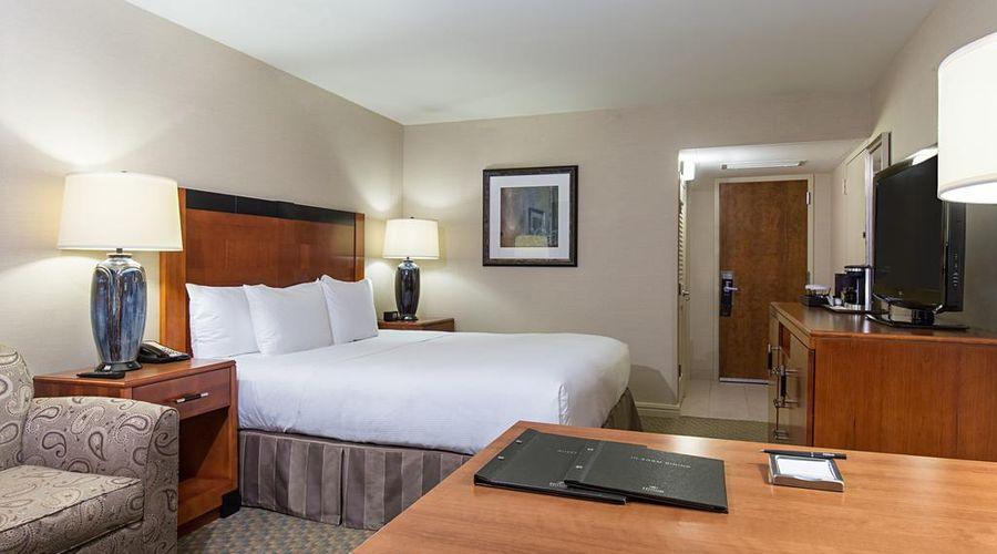 فندق هيلتون نيويورك جي اف كي ايربورت-11 من 24 الصور