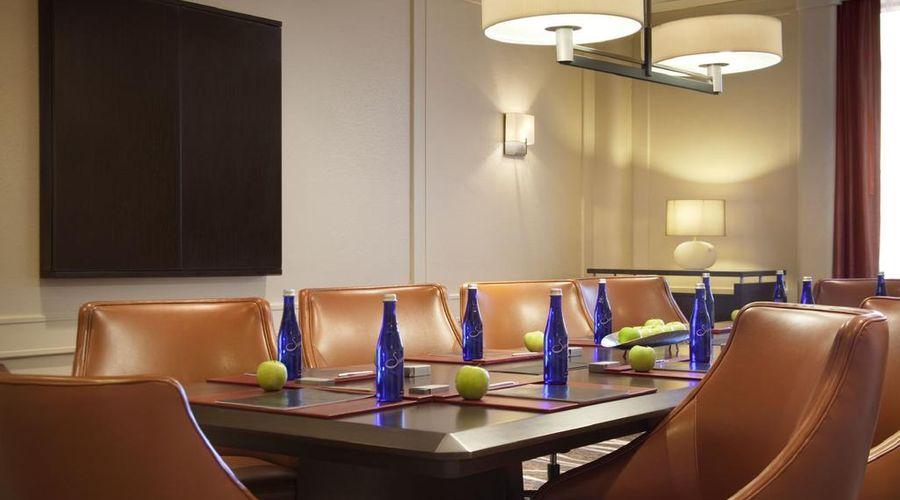 فندق هيلتون نيويورك جي اف كي ايربورت-20 من 24 الصور