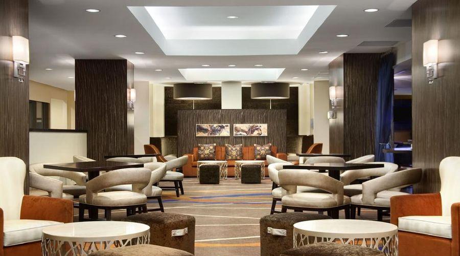 فندق هيلتون نيويورك جي اف كي ايربورت-4 من 24 الصور