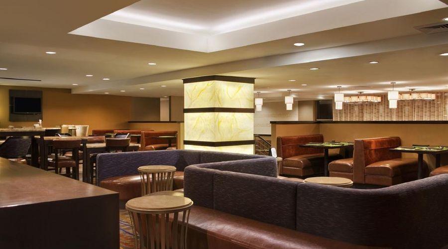 فندق هيلتون نيويورك جي اف كي ايربورت-6 من 24 الصور