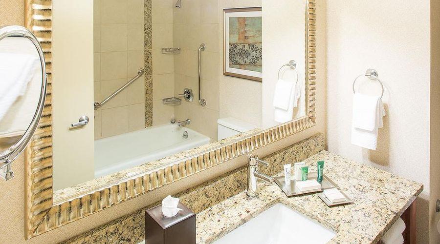 فندق هيلتون نيويورك جي اف كي ايربورت-9 من 24 الصور