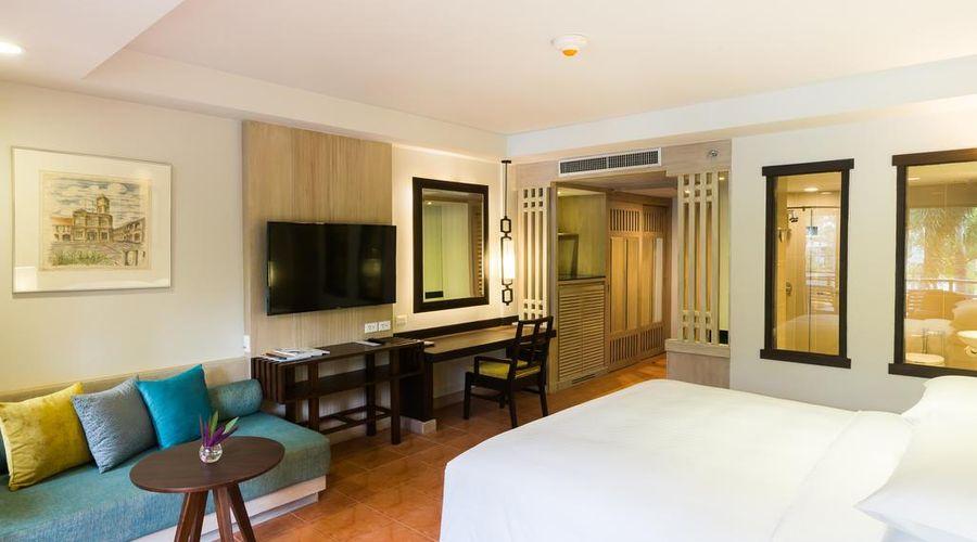 Phuket Marriott Resort & Spa, Merlin Beach-2 of 47 photos