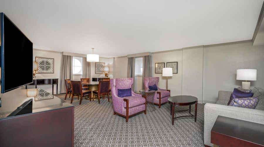 Astor Crowne Plaza New Orleans-17 of 45 photos
