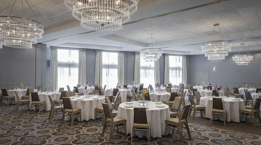 Sheraton Metairie - New Orleans Hotel-9 of 37 photos