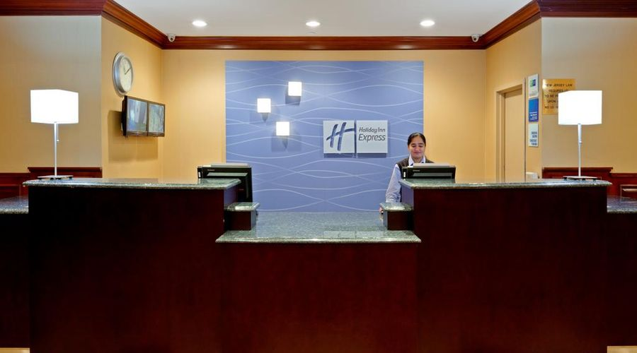 Holiday Inn Express North Bergen Lincoln Tunnel-7 of 24 photos