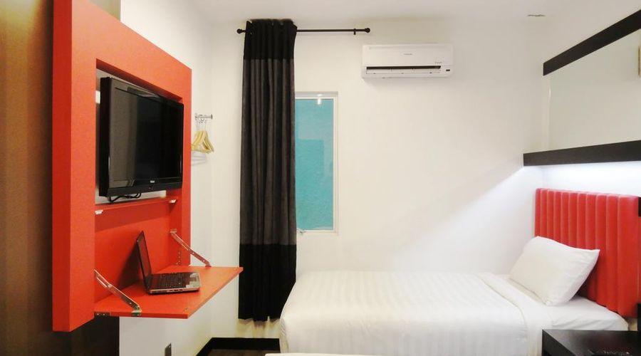 Tune Hotel Kuala Lumpur-26 of 39 photos