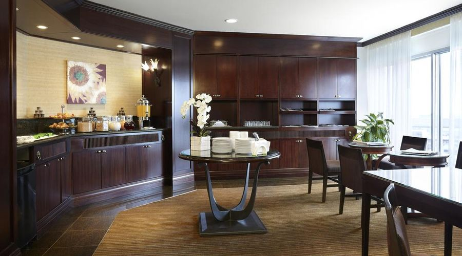 Delta Hotels by Marriott Montreal-6 of 29 photos