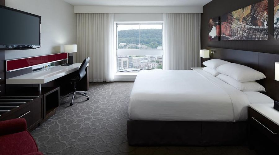 Delta Hotels by Marriott Montreal-24 of 29 photos