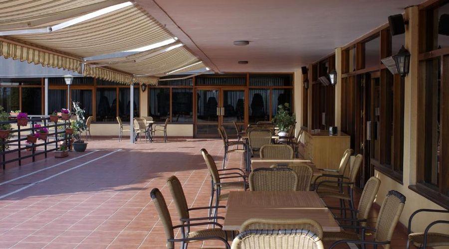 Hotel Los Olivos-3 of 36 photos