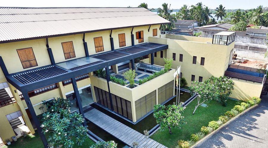 Amagi Aria - Negombo's Hidden Secret-1 of 45 photos