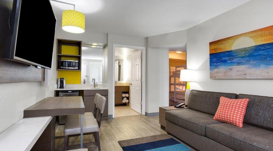Holiday Inn Resort Orlando Suites - Waterpark-16 of 42 photos