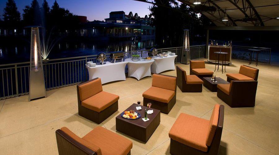 Holiday Inn Resort Orlando Suites - Waterpark-17 of 42 photos