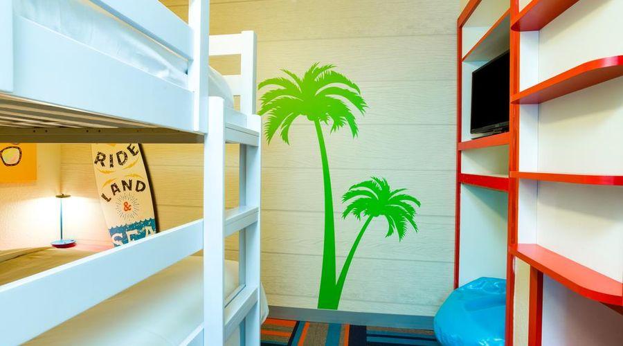Holiday Inn Resort Orlando Suites - Waterpark-20 of 42 photos