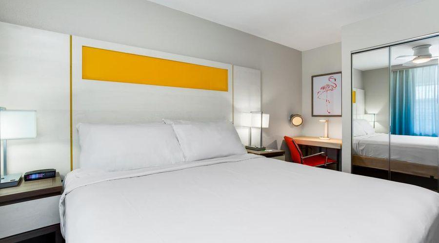 Holiday Inn Resort Orlando Suites - Waterpark-28 of 42 photos
