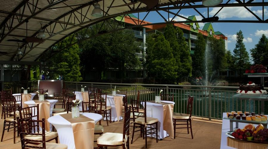 Holiday Inn Resort Orlando Suites - Waterpark-10 of 42 photos