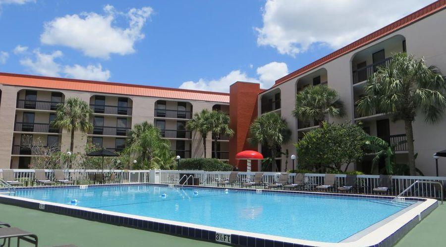 Baymont by Wyndham Orlando Universal Blvd-24 of 41 photos
