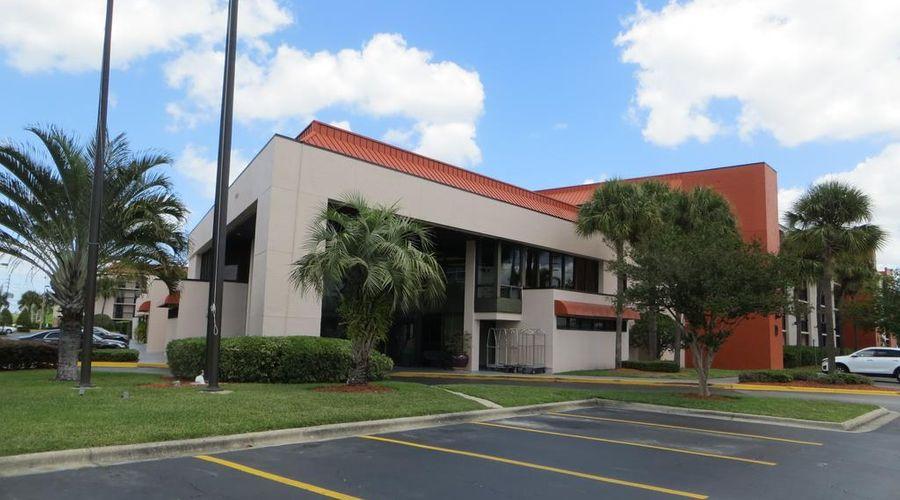 Baymont by Wyndham Orlando Universal Blvd-33 of 41 photos