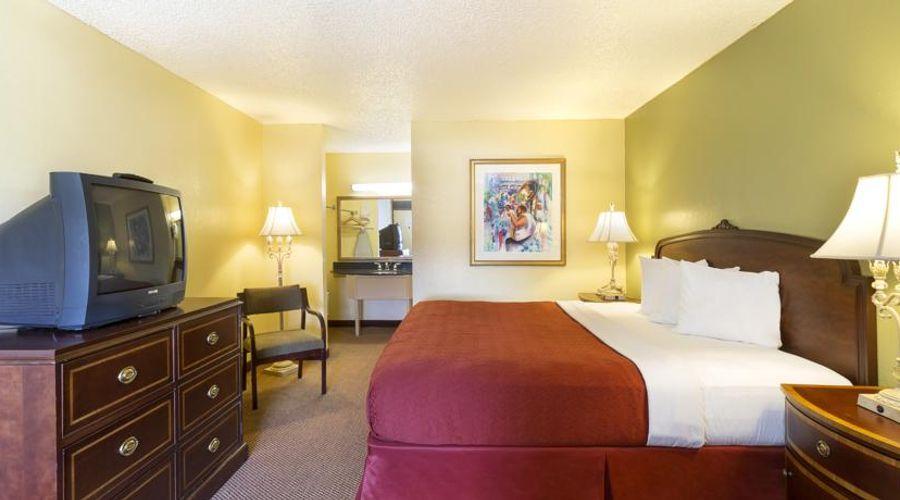 Orlando Continental Plaza Hotel-37 of 45 photos