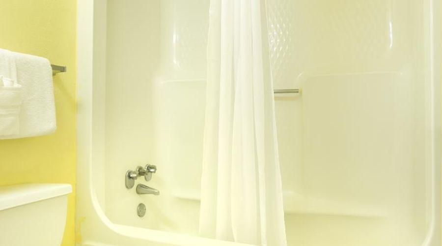 Orlando Continental Plaza Hotel-40 of 45 photos