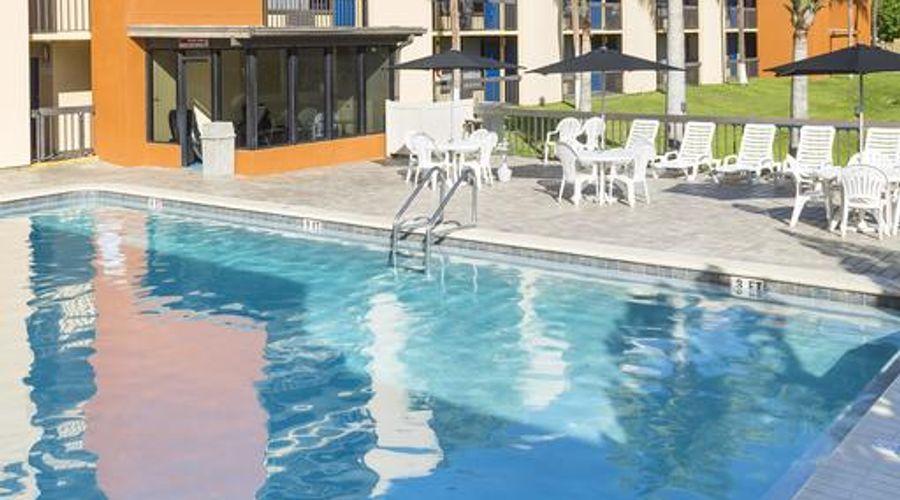 Orlando Continental Plaza Hotel-3 of 45 photos