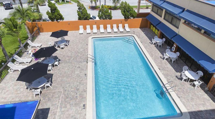 Orlando Continental Plaza Hotel-9 of 45 photos