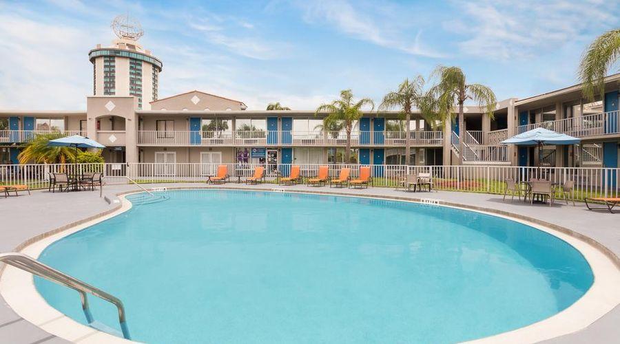 Days Inn by Wyndham Orlando/International Drive-16 of 37 photos