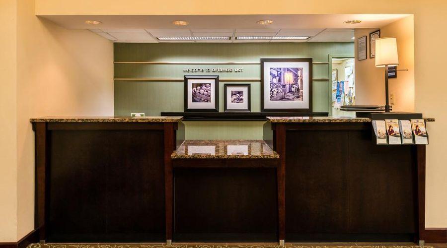 Hampton Inn & Suites Orlando/East UCF Area, FL-2 of 45 photos
