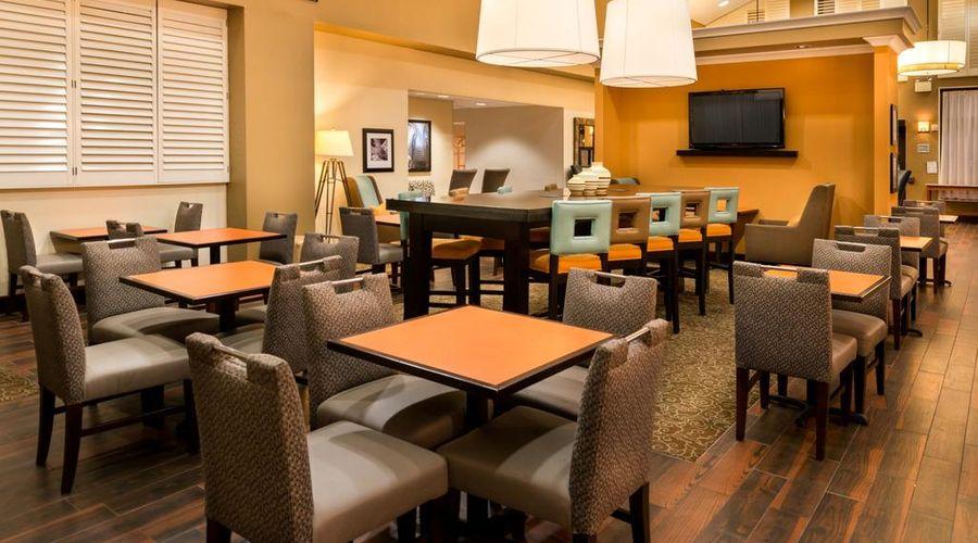 Hampton Inn & Suites Orlando/East UCF Area, FL-7 of 45 photos