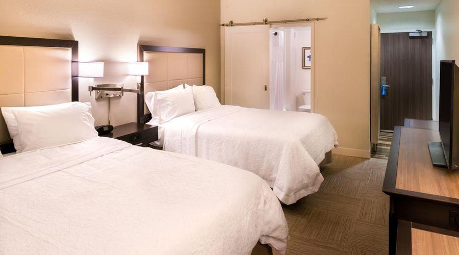 Hampton Inn & Suites Orlando/East UCF Area, FL-18 of 45 photos