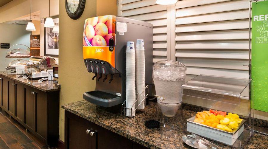 Hampton Inn & Suites Orlando/East UCF Area, FL-26 of 45 photos
