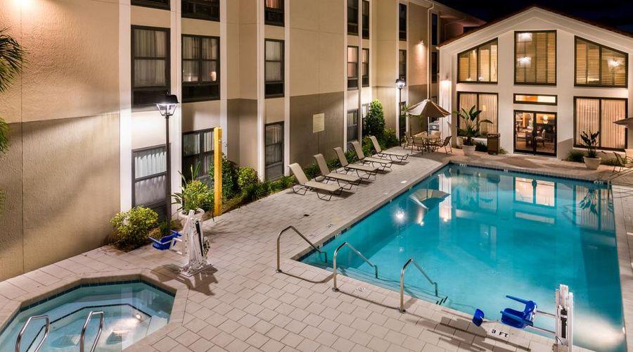 Hampton Inn & Suites Orlando/East UCF Area, FL-31 of 45 photos