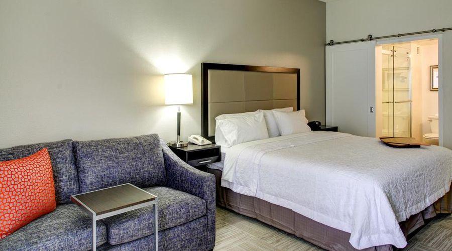 Hampton Inn & Suites Orlando/East UCF Area, FL-44 of 45 photos