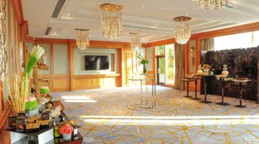 Four Seasons Hotel Singapore-33 of 41 photos